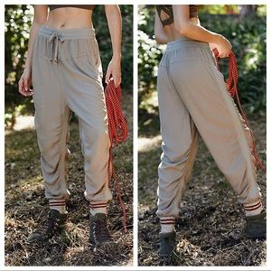 NEW Free People Easy Street Joggers in Khaki